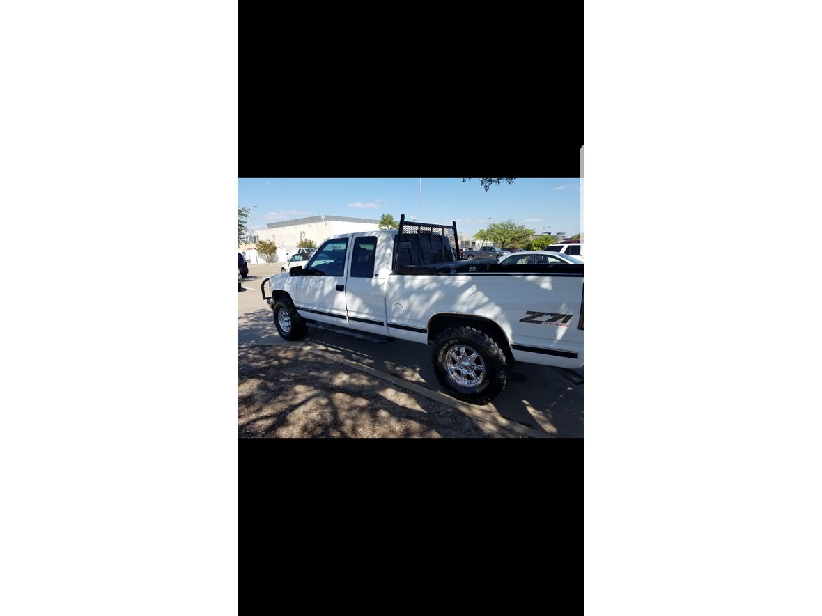 1998 Chevrolet C/K 1500 for sale by owner in Bryan