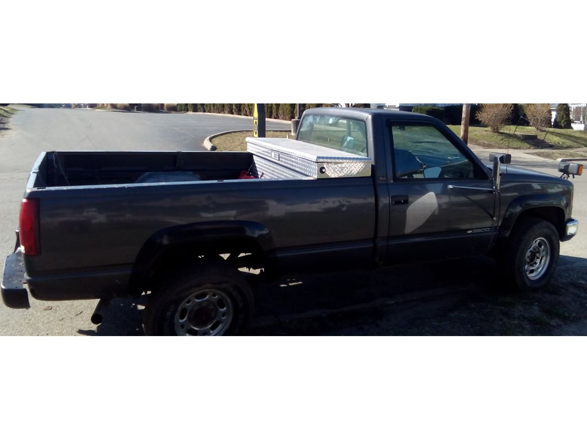 1993 Chevrolet C/K 3500 for sale by owner in Zanesville