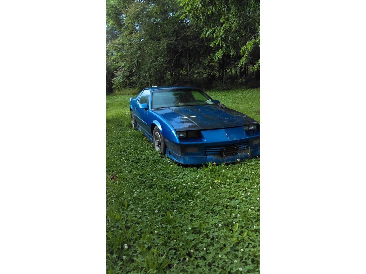 1991 Chevrolet Camaro for sale by owner in Hartville