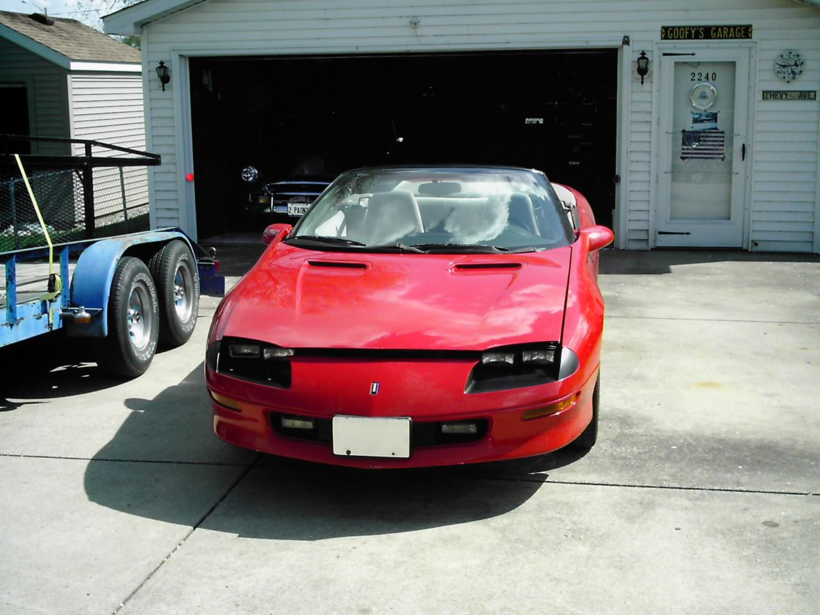 1997 Chevrolet Camaro for sale by owner in Springfield