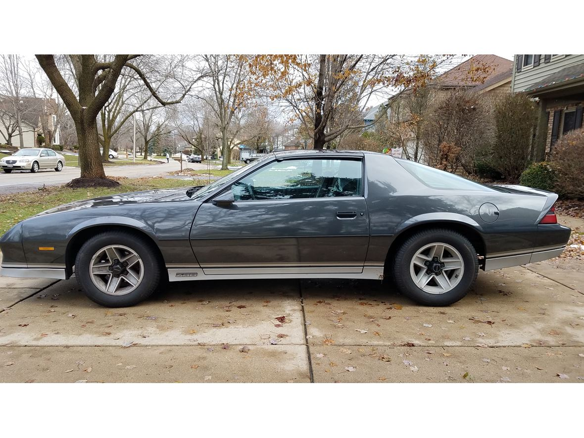 1982 Chevrolet Camaro Z28 for sale by owner in Naperville