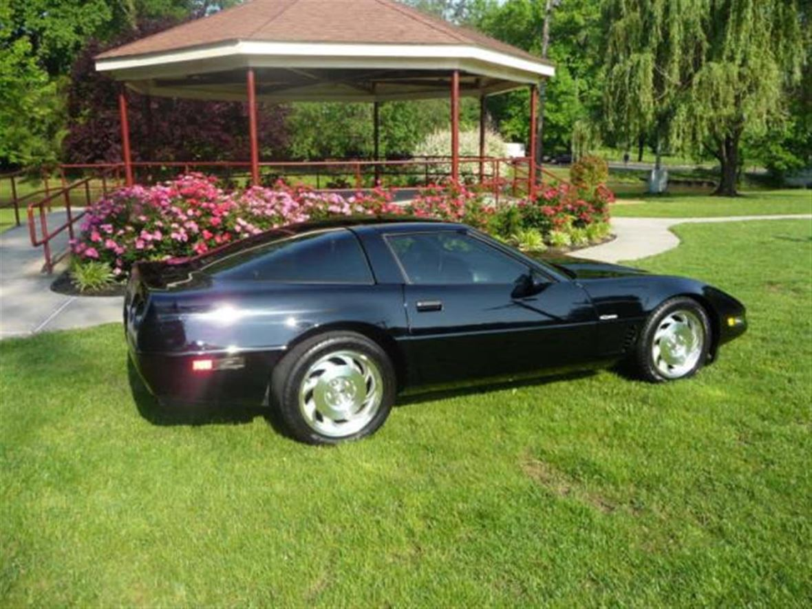 1996 Chevrolet Corvette for sale by owner in Summit
