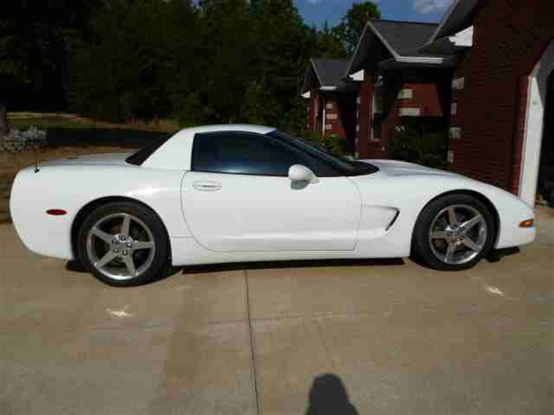 Corvette For Sale >> 2000 Chevrolet Corvette For Sale By Owner In Jefferson City Mo 65110 23 750
