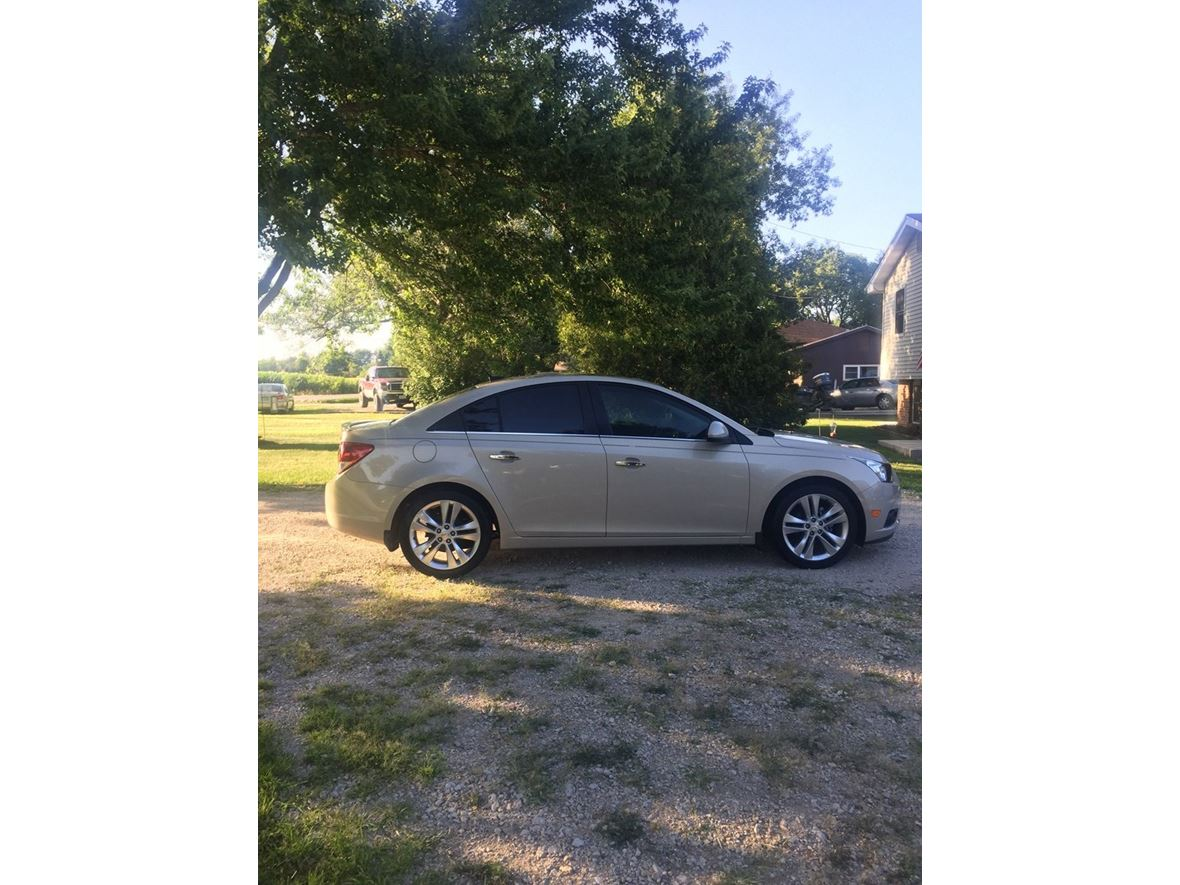 2011 Chevrolet Cruze for sale by owner in Pleasant Hill