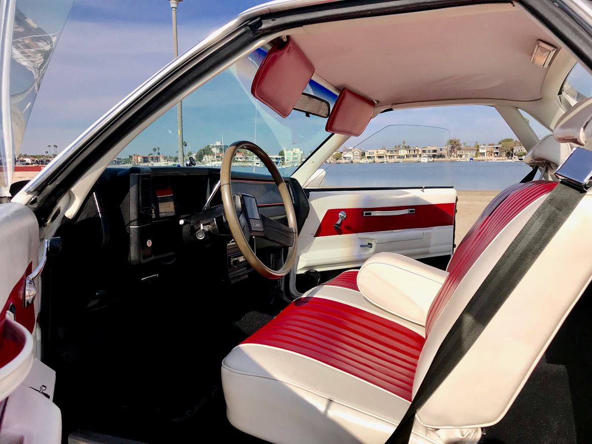1987 Chevrolet El Camino for sale by owner in Long Beach