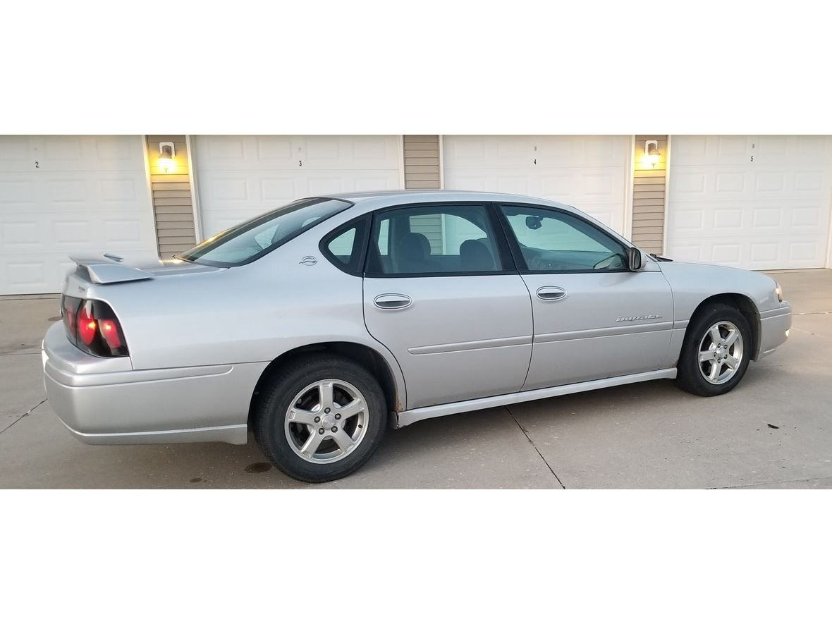 2004 Chevrolet Impala Limited for sale by owner in Ames