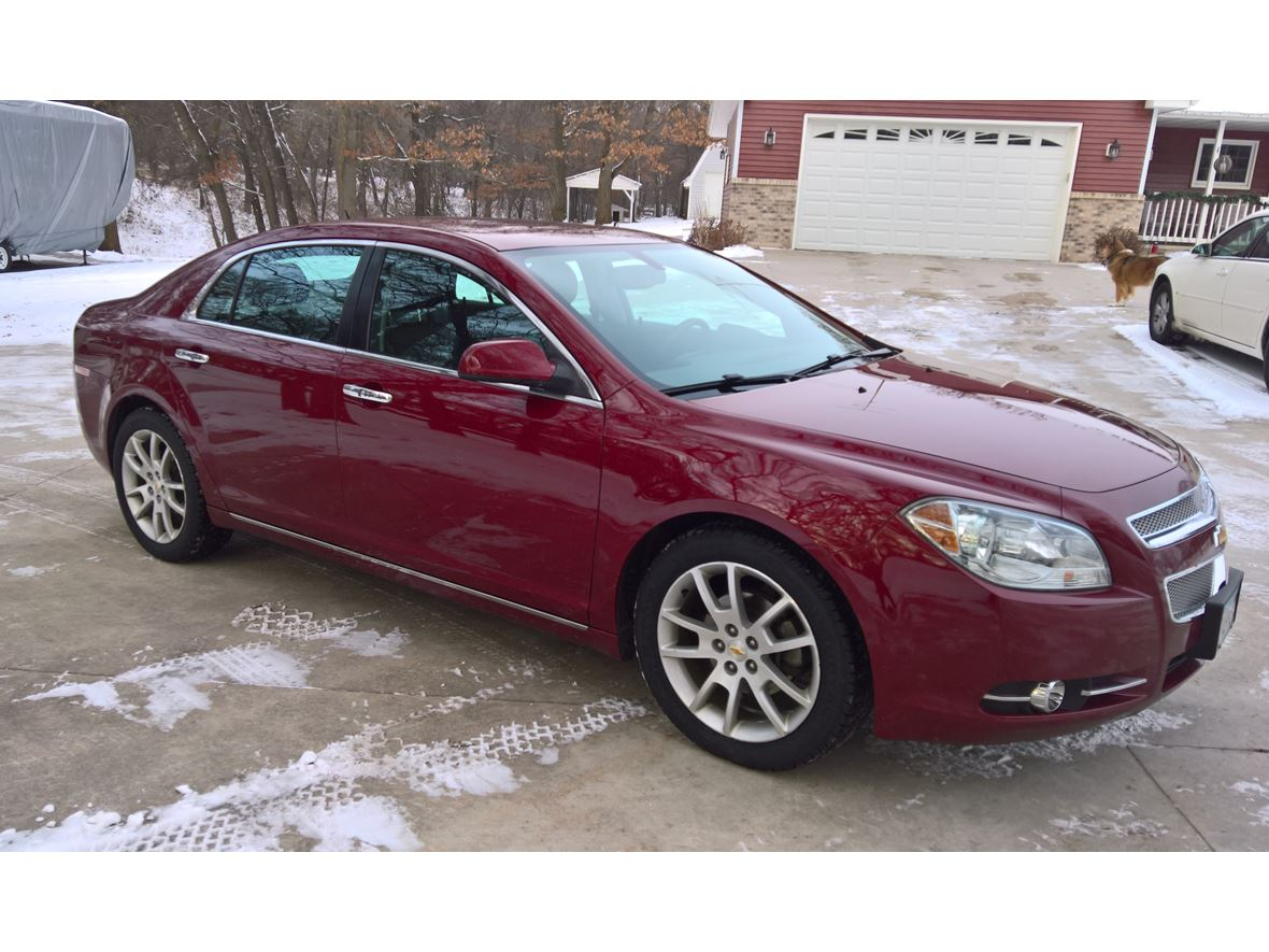 2011 Chevrolet Malibu for sale by owner in Royalton