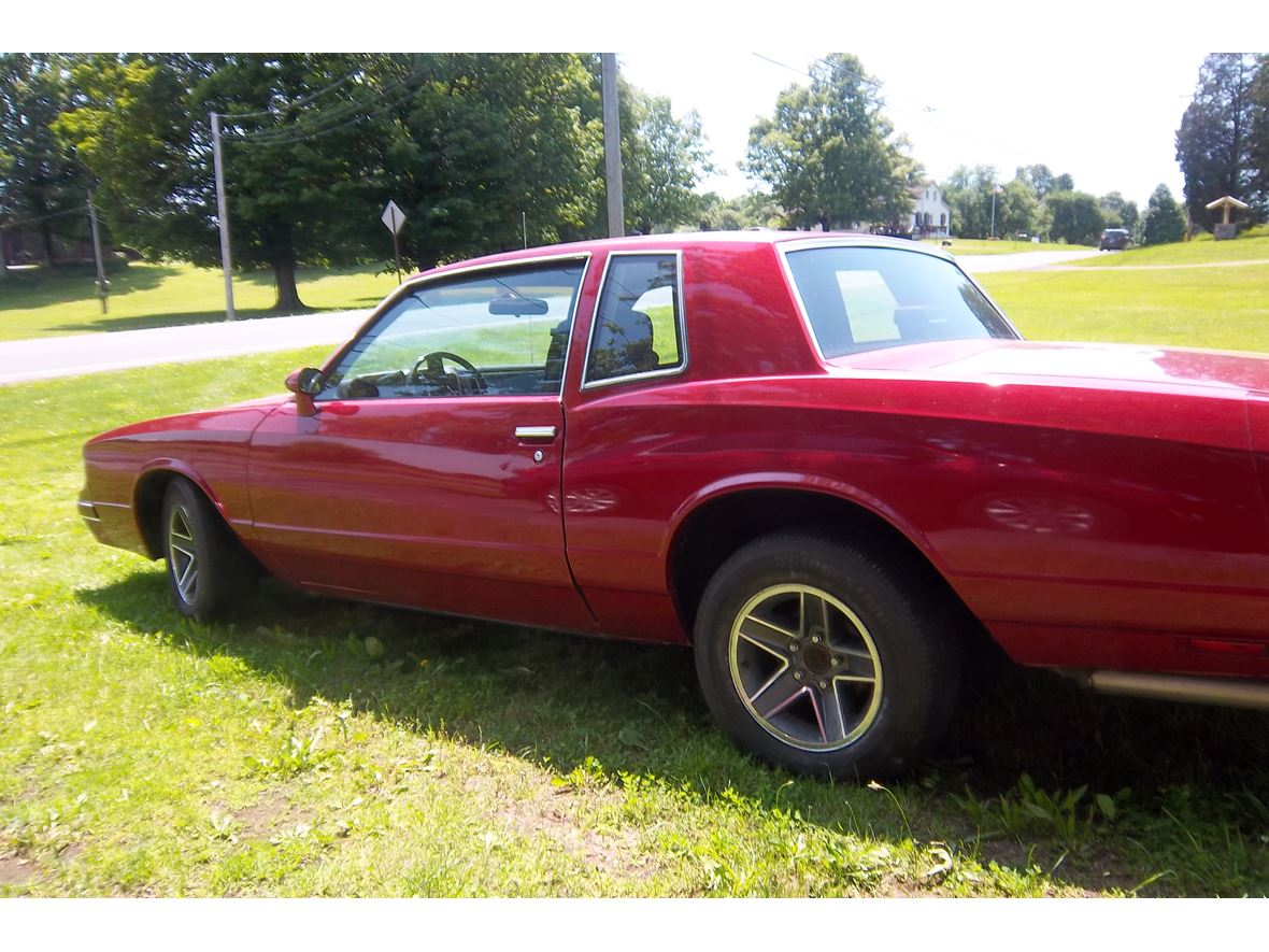 1987 Chevrolet Monte Carlo for sale by owner in Fulton