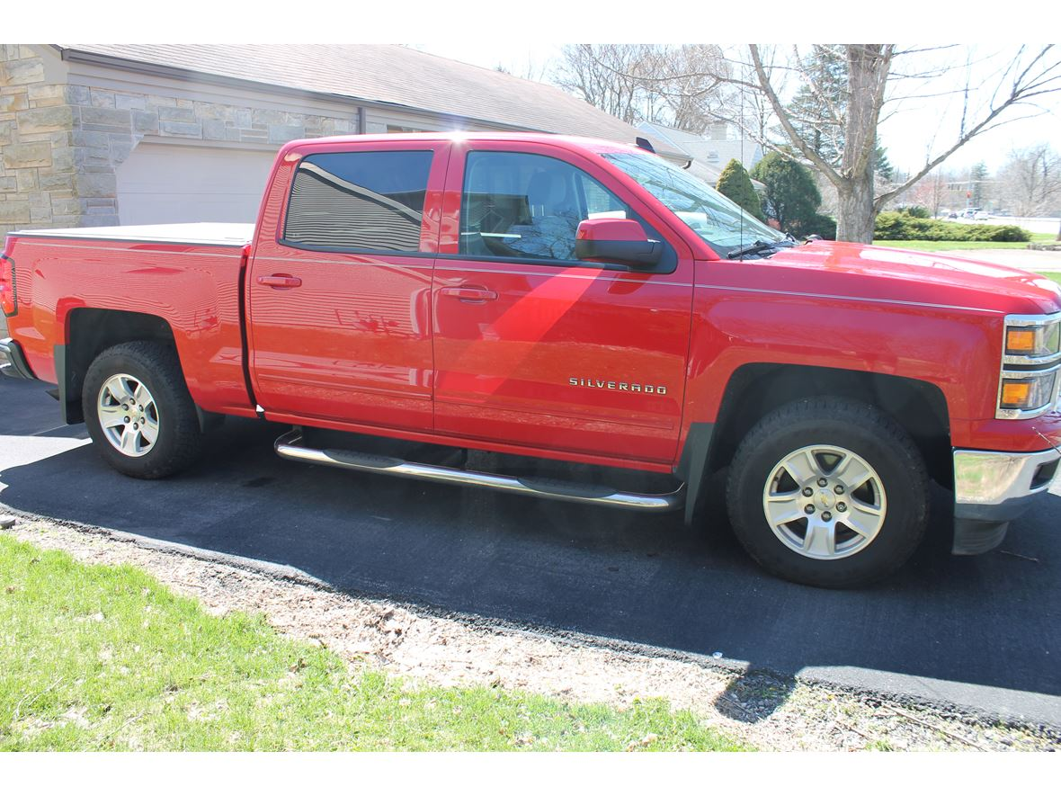 2015 Chevrolet Silverado 1500 for sale by owner in Fort Wayne