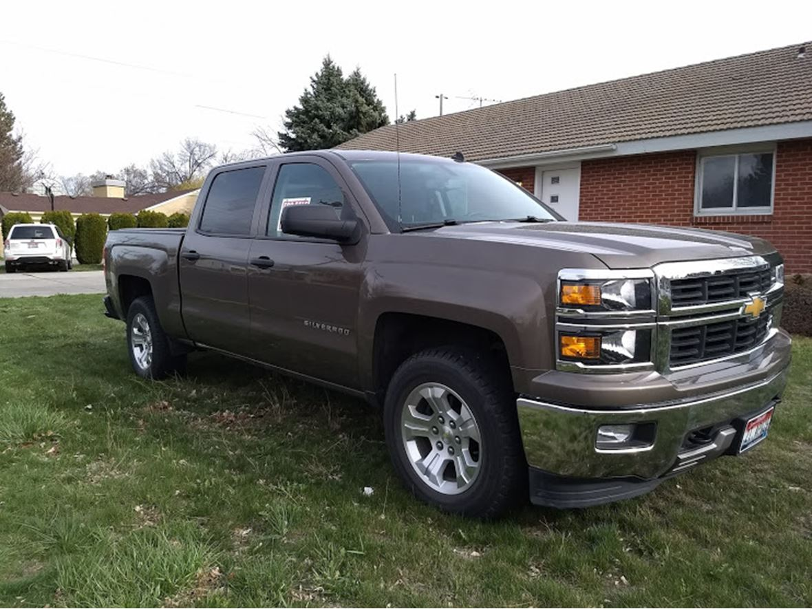 2014 Chevrolet Silverado 1500 Crew Cab for sale by owner in Twin Falls
