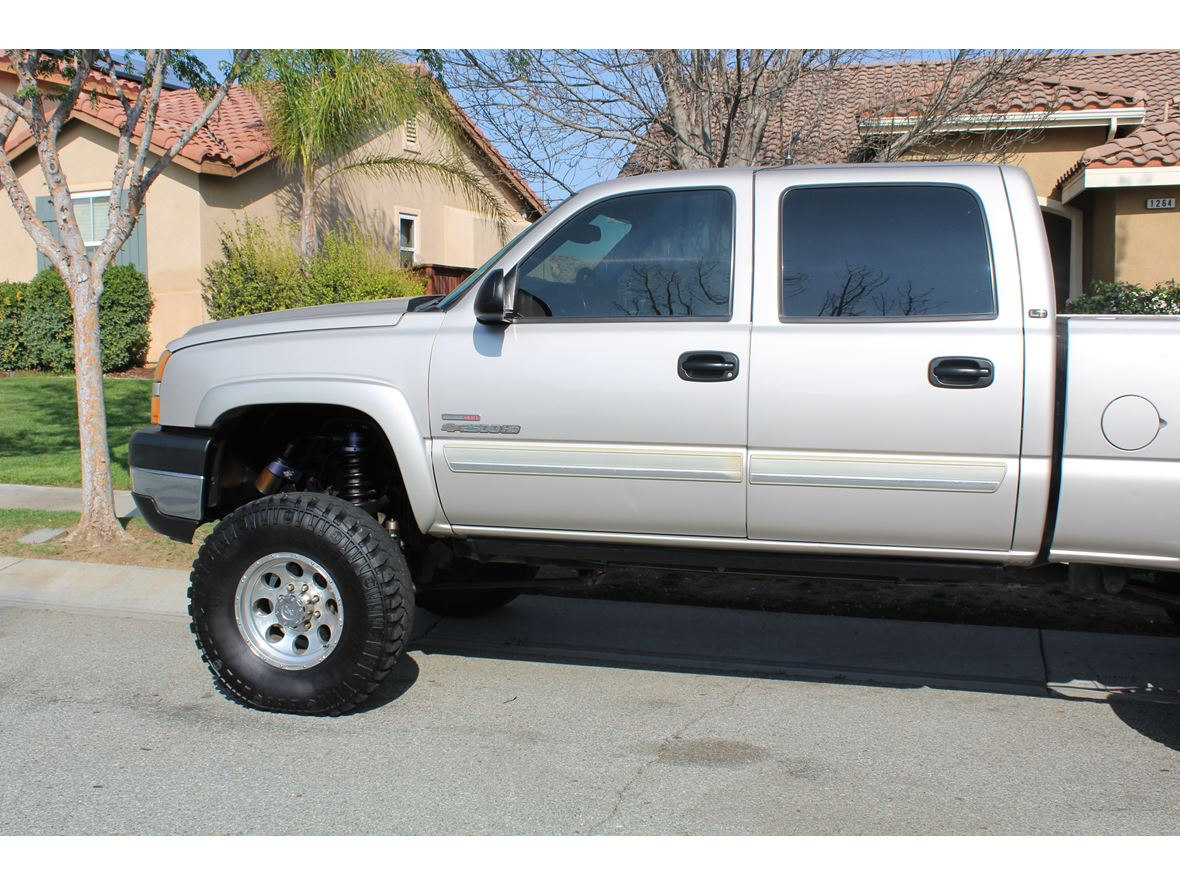 2006 Chevrolet Silverado 2500HD for sale by owner in Beaumont