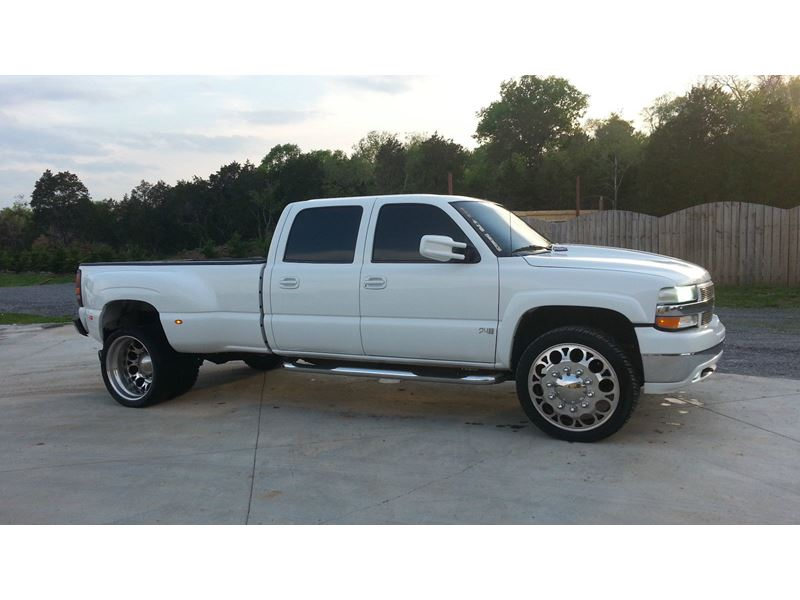 2002 chevrolet silverado 3500hd sale by owner in memphis tn 38103. Black Bedroom Furniture Sets. Home Design Ideas