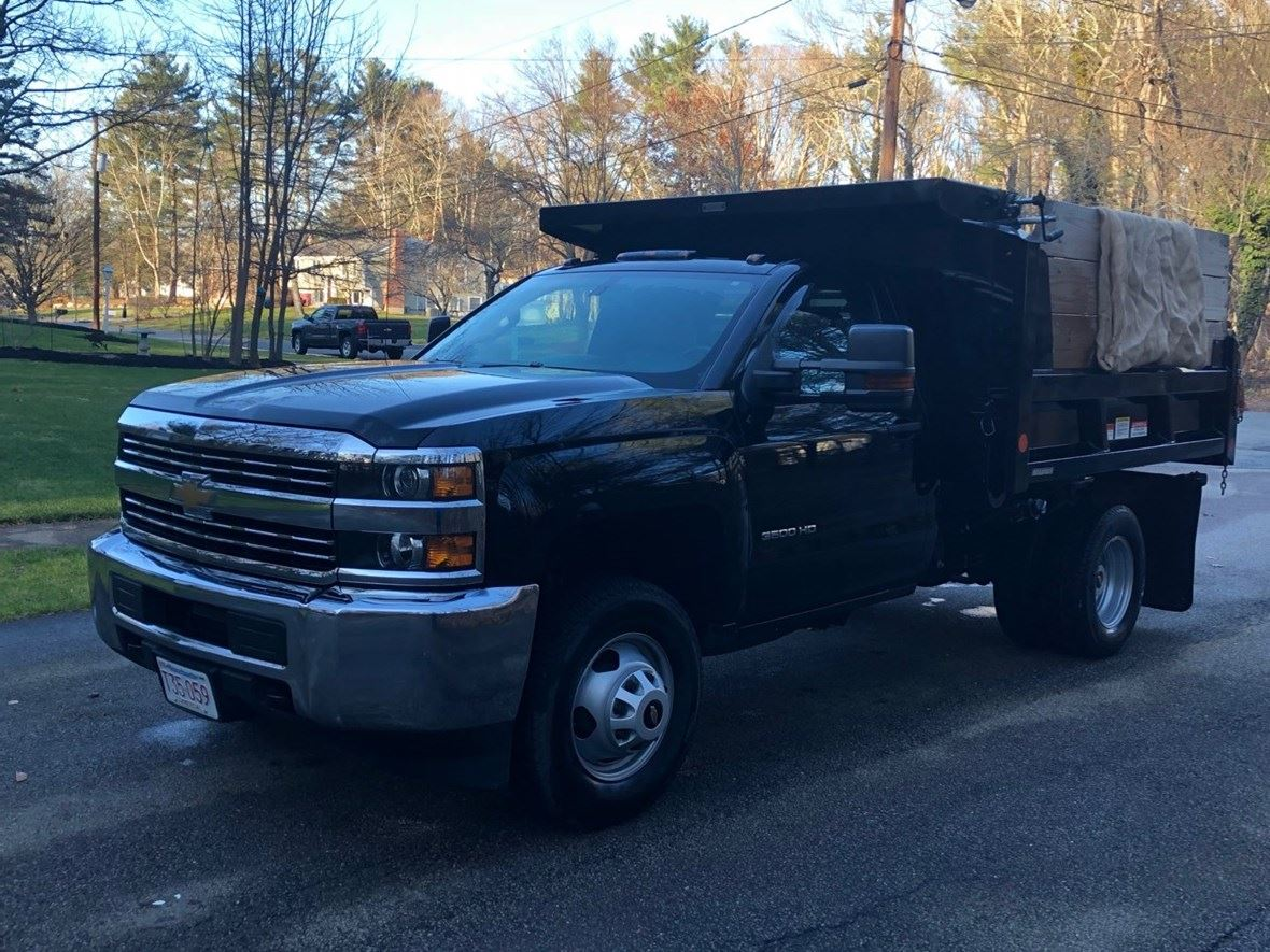 2017 Chevrolet Silverado 3500HD for sale by owner in South Walpole