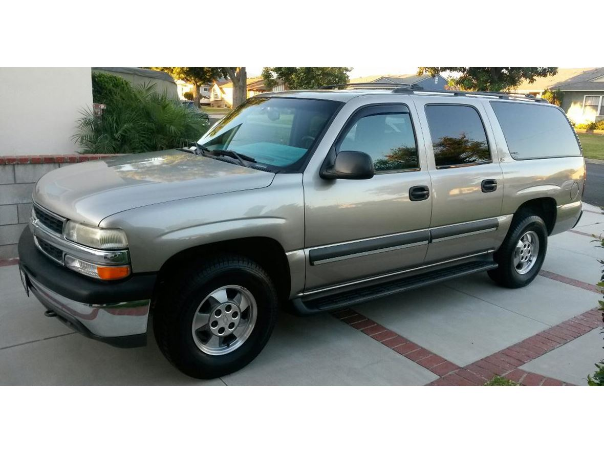 2002 Chevrolet Suburban for sale by owner in Baldwin Park