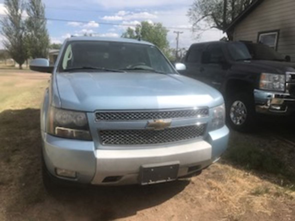 2011 Chevrolet Suburban for sale by owner in Panhandle
