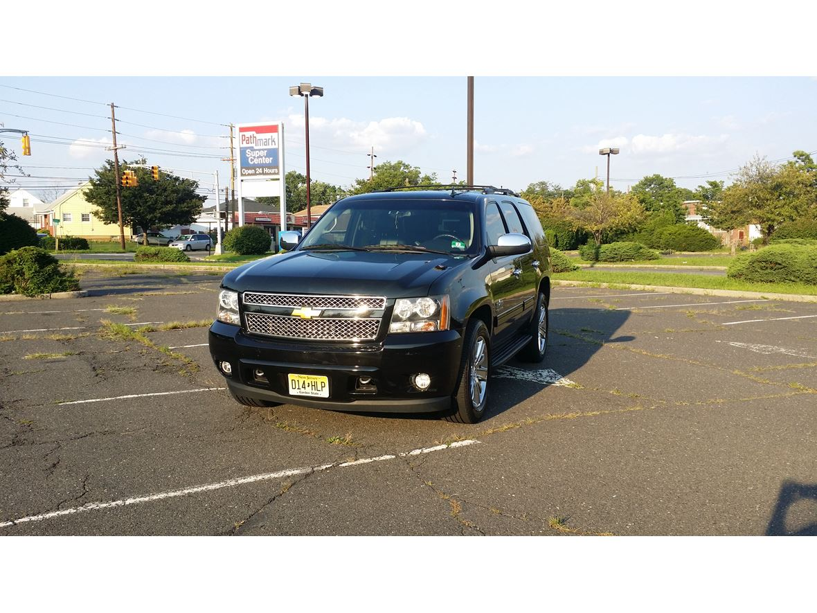 2012 Chevrolet Tahoe for sale by owner in Linden