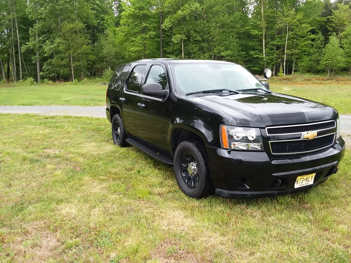 2013 Chevrolet Tahoe for sale by owner in White Lake