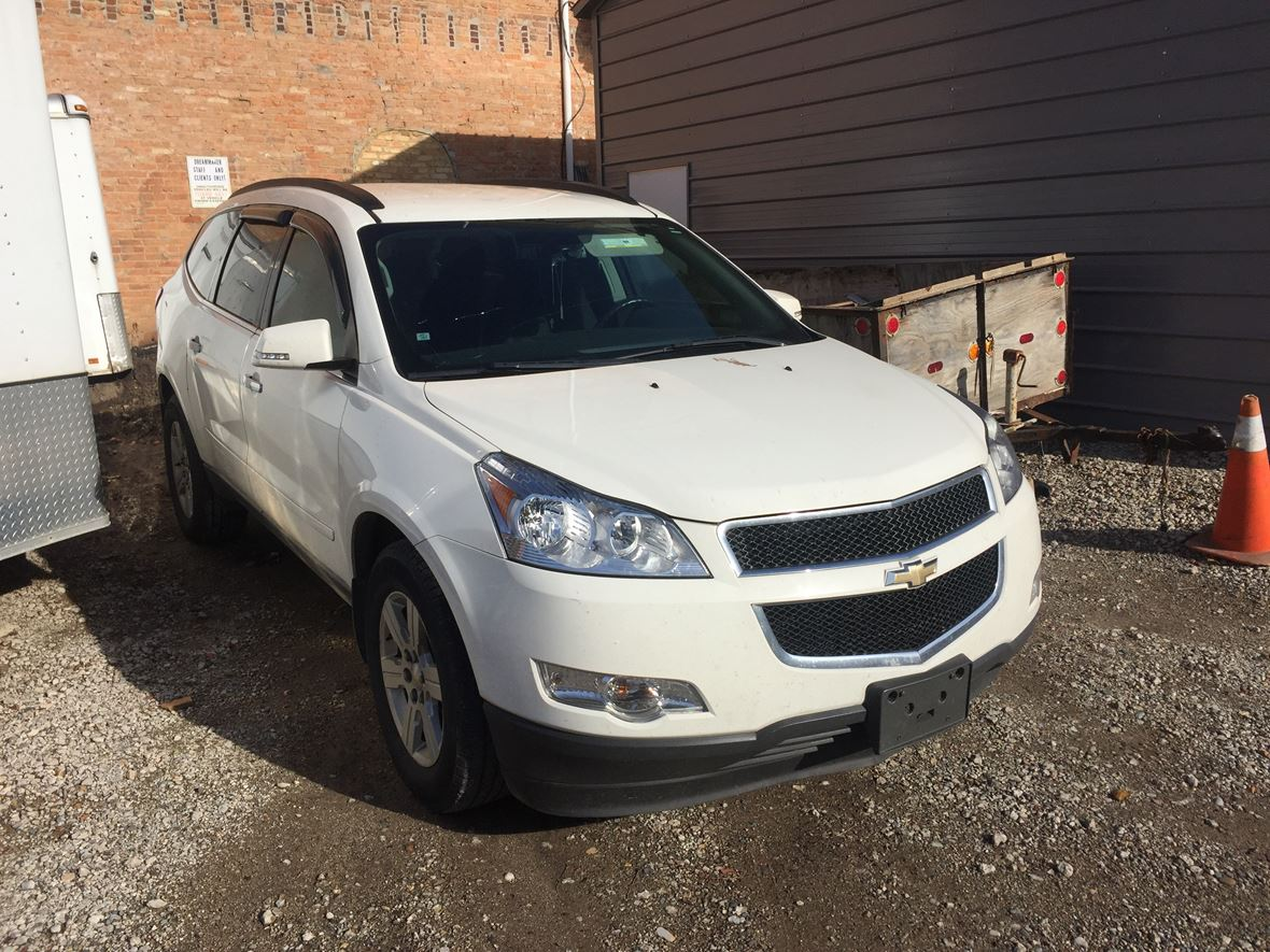 2011 Chevrolet Traverse for sale by owner in Lansing