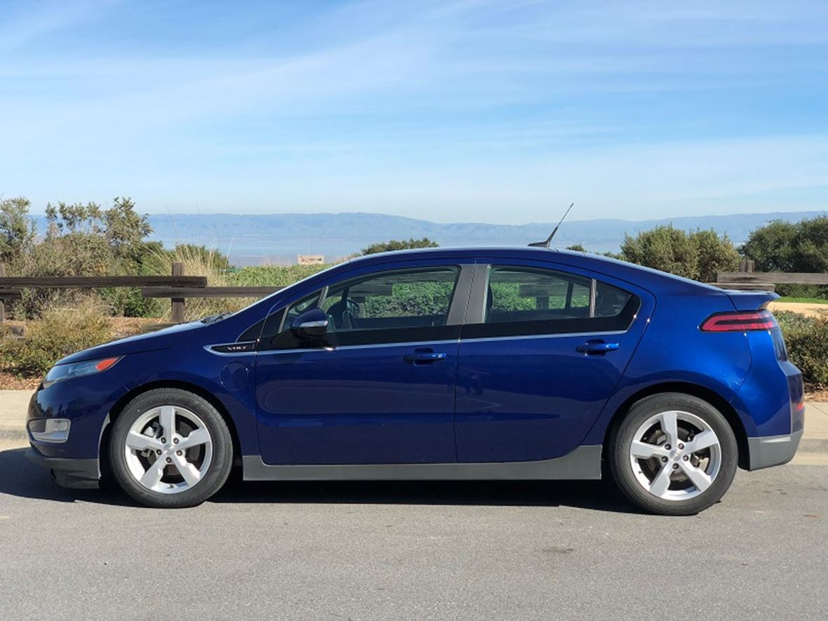2013 Chevrolet Volt for sale by owner in Belmont