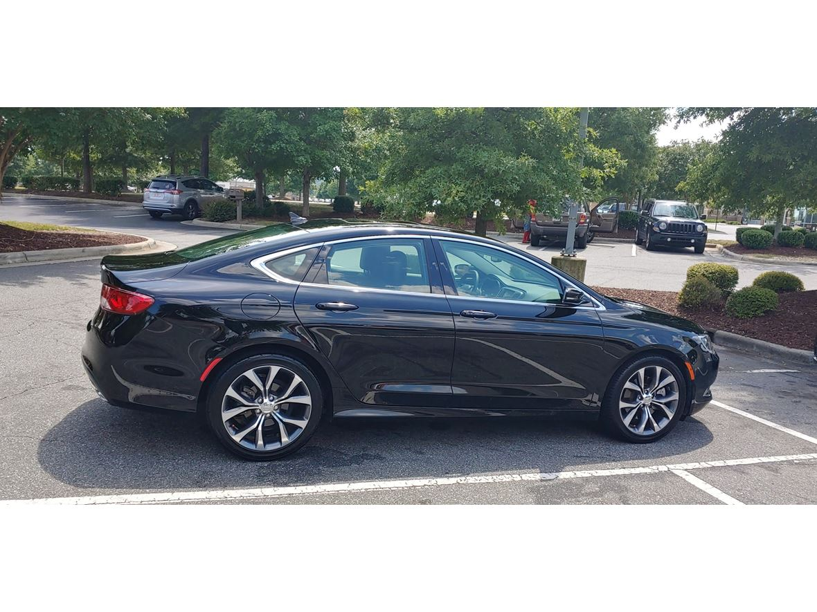 2015 Chrysler 200 for sale by owner in Charlotte