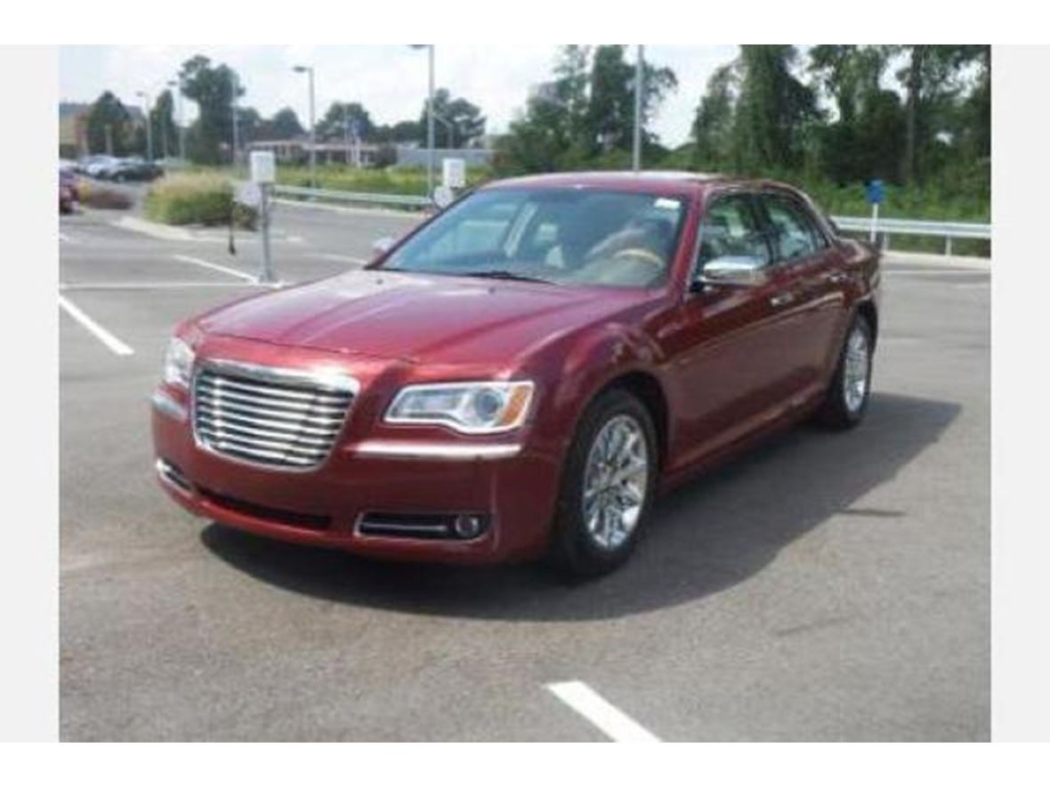 2013 Chrysler 300 for sale by owner in Conyers