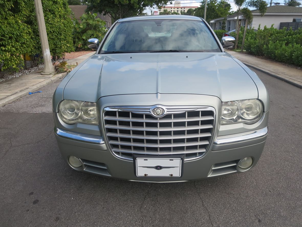 2006 Chrysler 300C for sale by owner in West Palm Beach