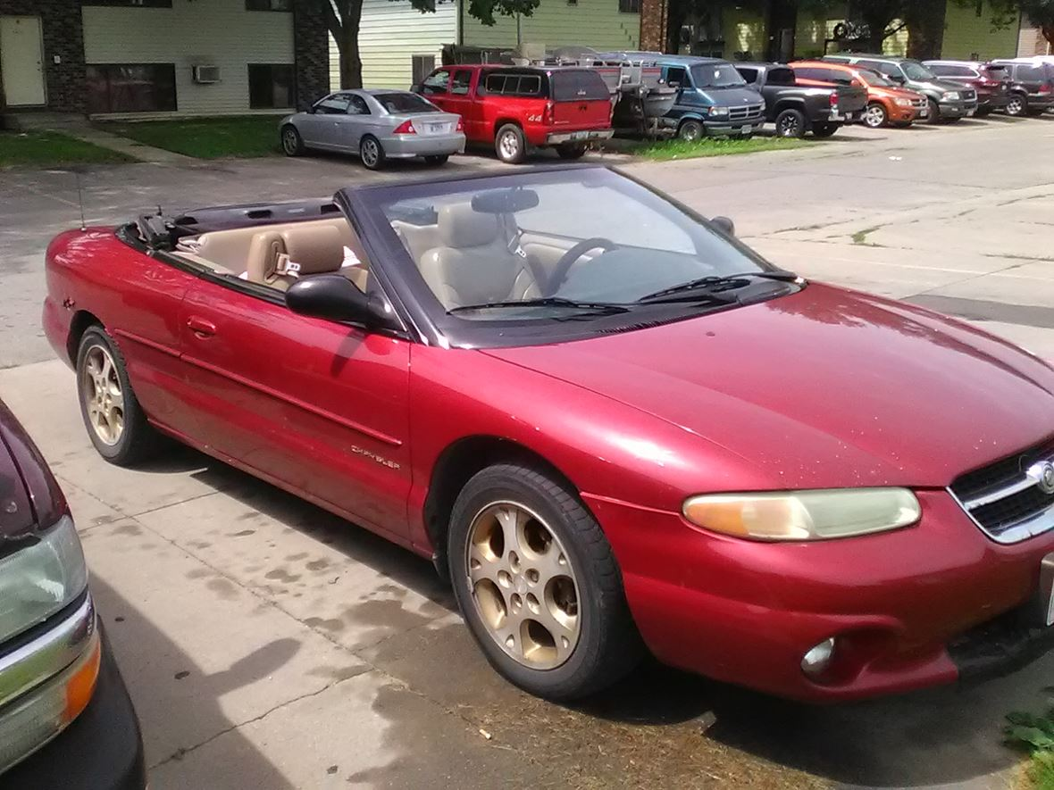 1998 Chrysler Sebring Convertible 700 00 By Owner Cedar Rapids