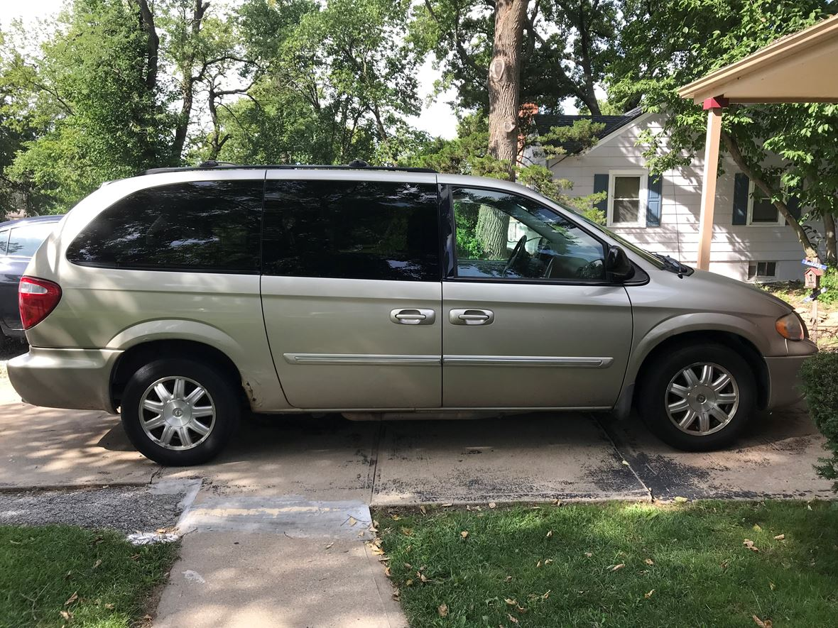 2006 Chrysler TC for sale by owner in Kansas City