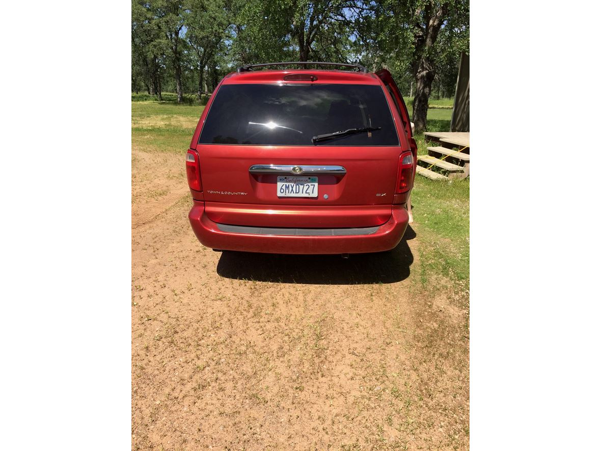 2001 Chrysler Town & Country for sale by owner in Palo Cedro