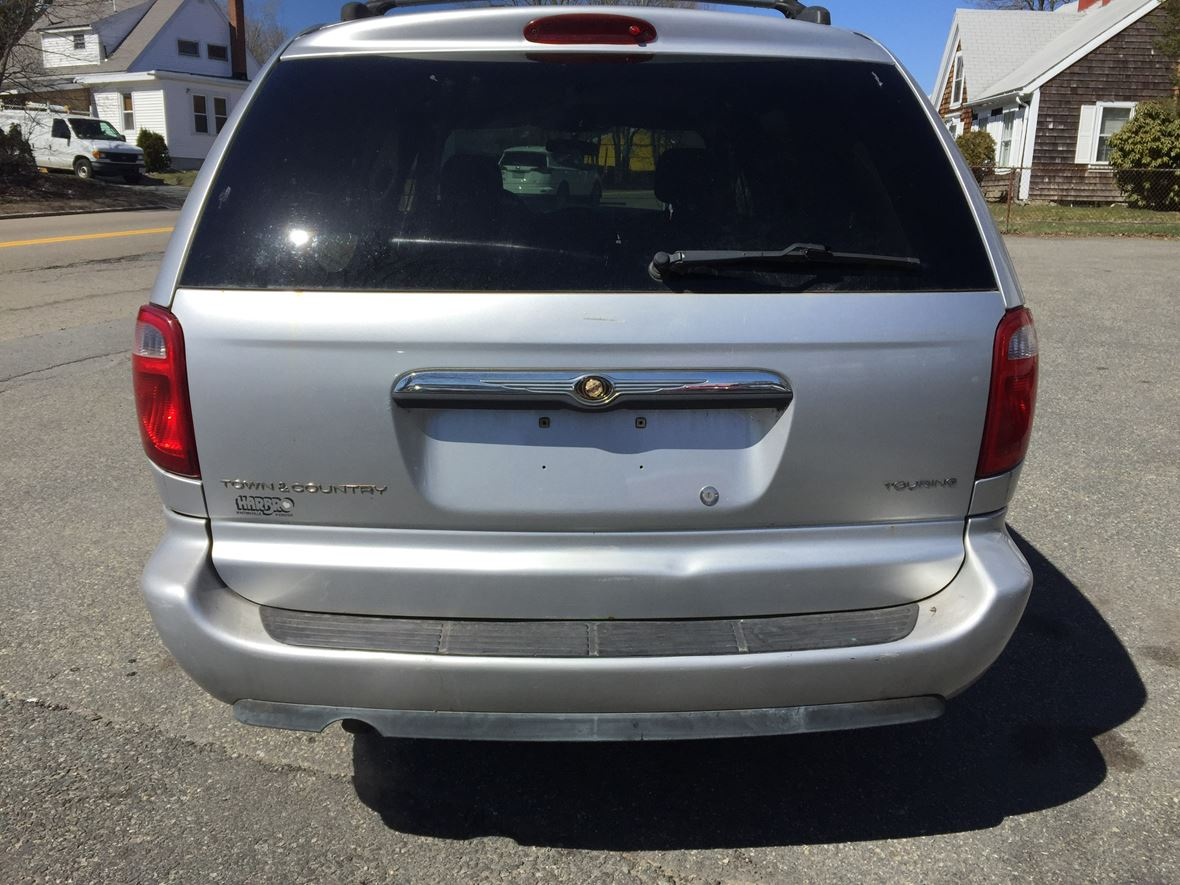 2006 chrysler town country private car sale in east bridgewater