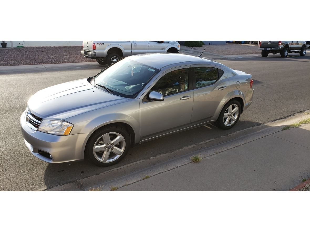 2013 Dodge Avenger for sale by owner in Phoenix