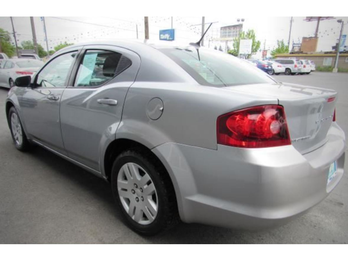 2014 Dodge Avenger for sale by owner in Goshen