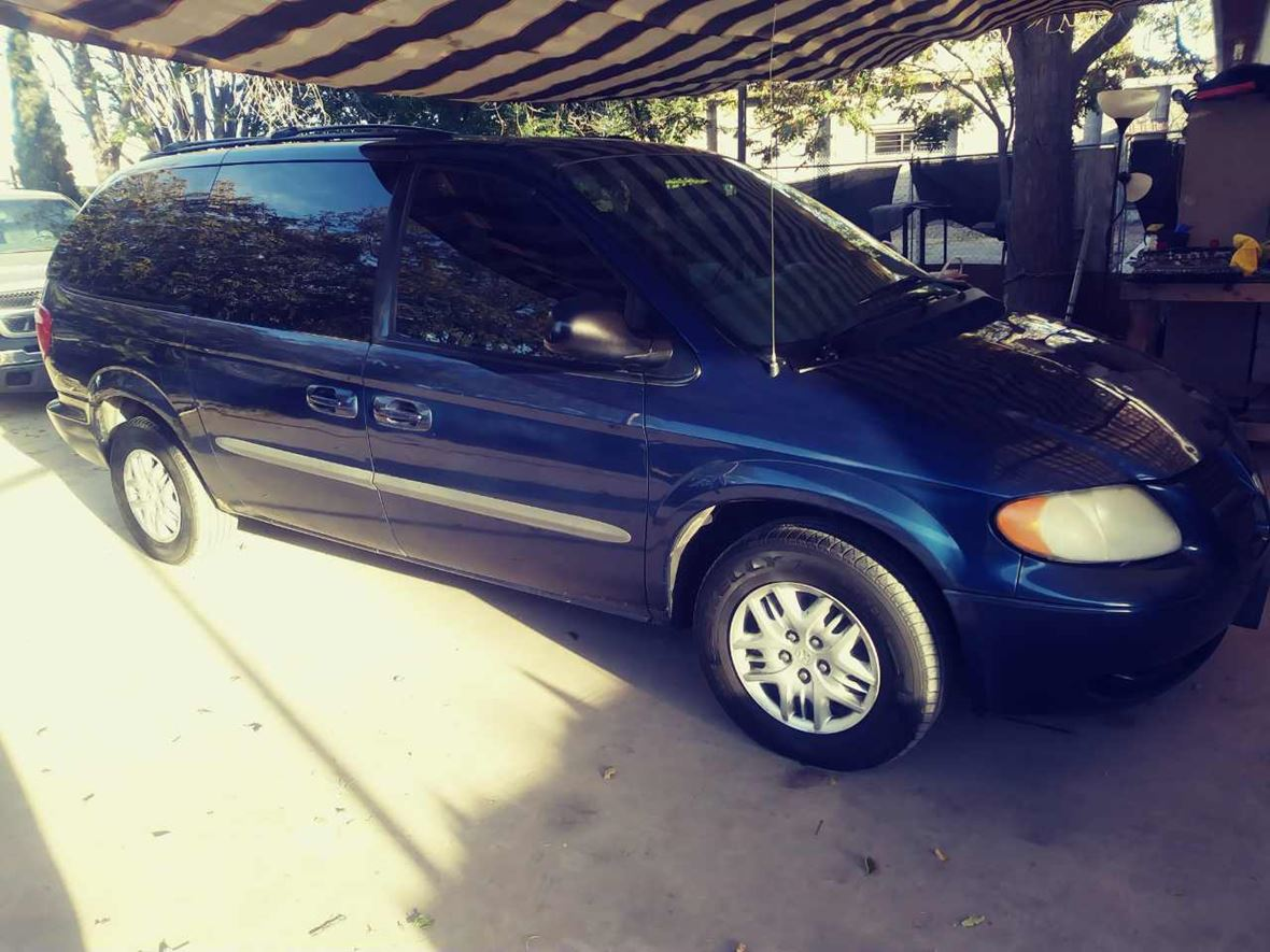 2003 Dodge Caravan for sale by owner in El Paso