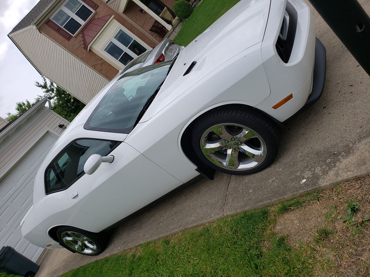 2013 Dodge Challenger for sale by owner in Springboro