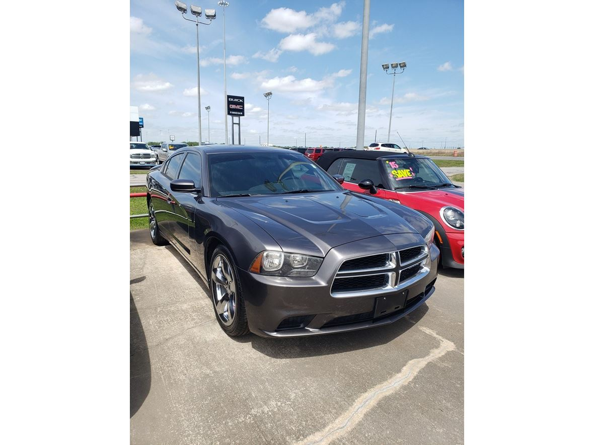 2013 Dodge Charger for sale by owner in Rosenberg
