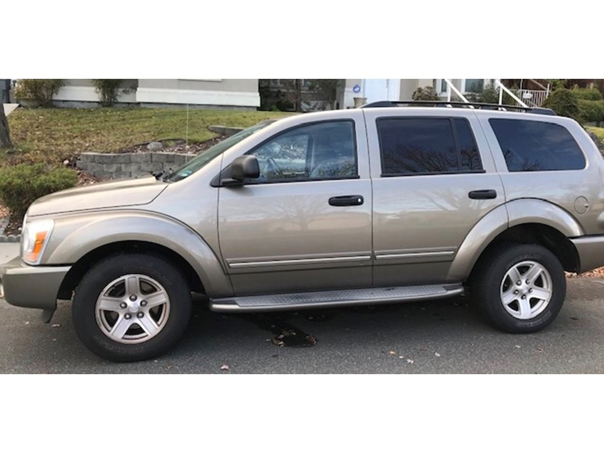 2004 Dodge Durango Limited Edition for sale by owner in Richland