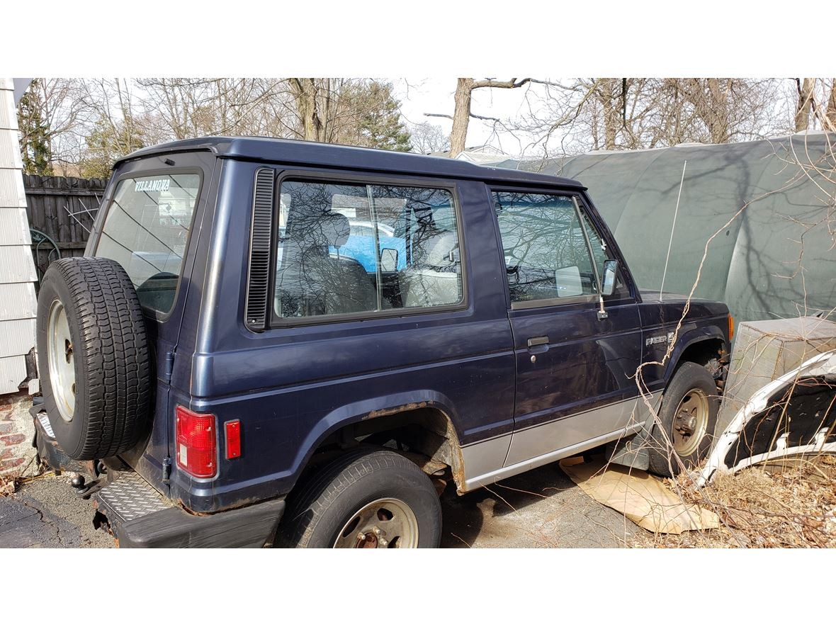 1987 Dodge Raider for sale by owner in Plainville