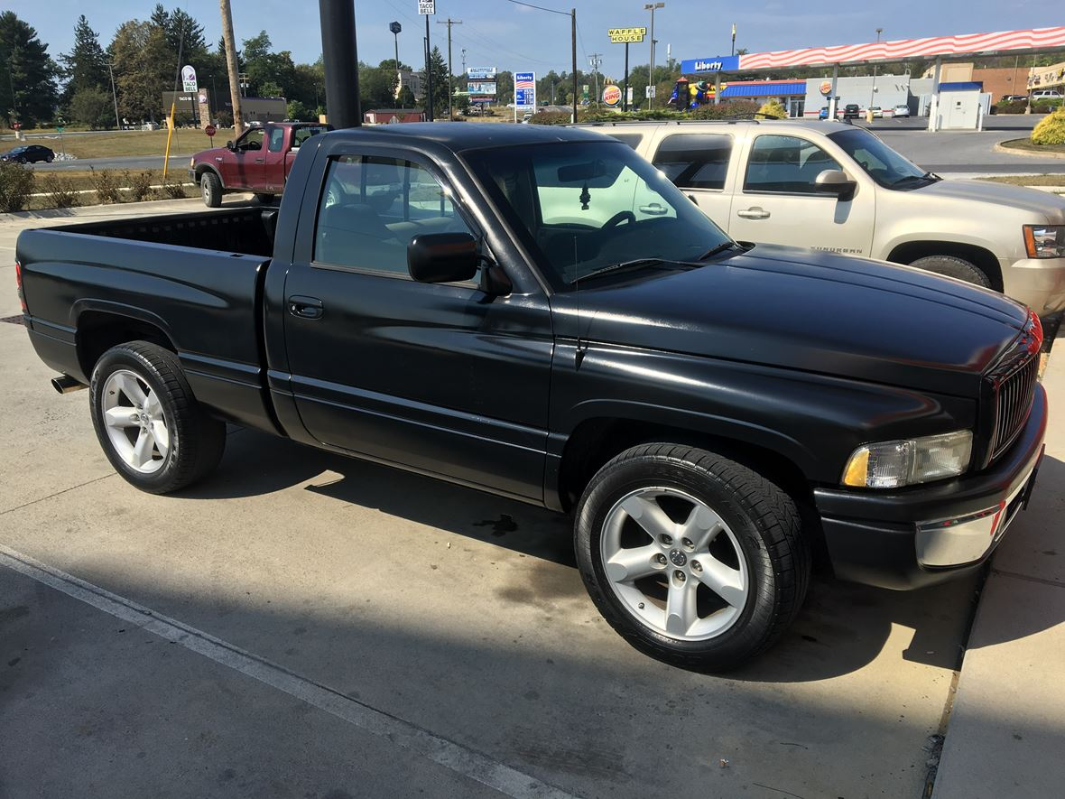 1997 Dodge Ram 1500 for sale by owner in Inwood