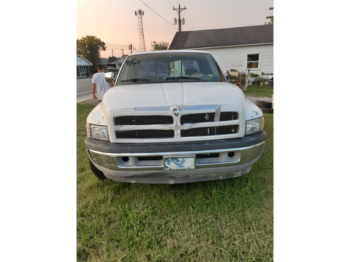 1997 Dodge Ram 1500 for sale by owner in Woodbury