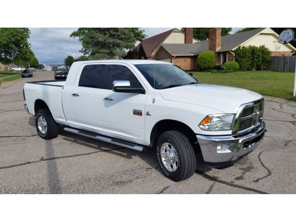 2011 Dodge Ram 2500 for sale by owner in Macomb
