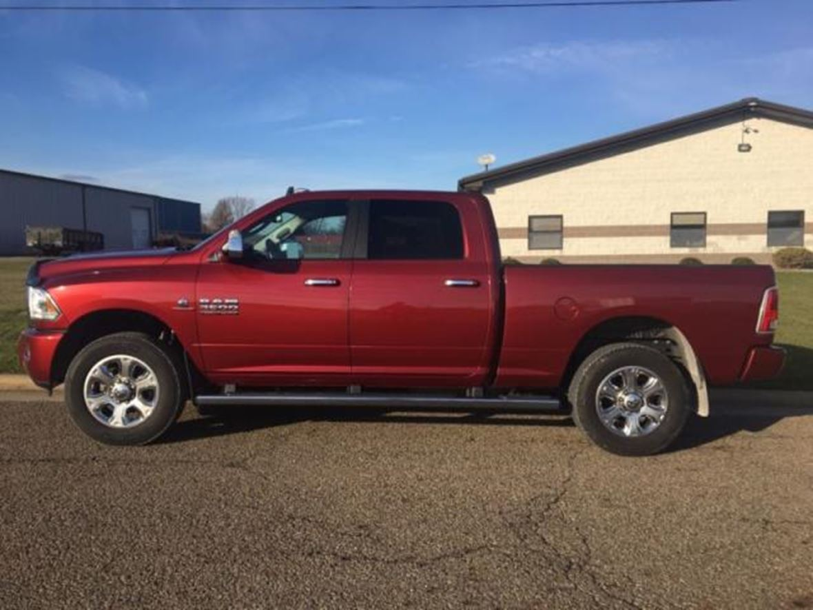 2015 Dodge Ram Pickup 2500 for sale by owner in Charleston