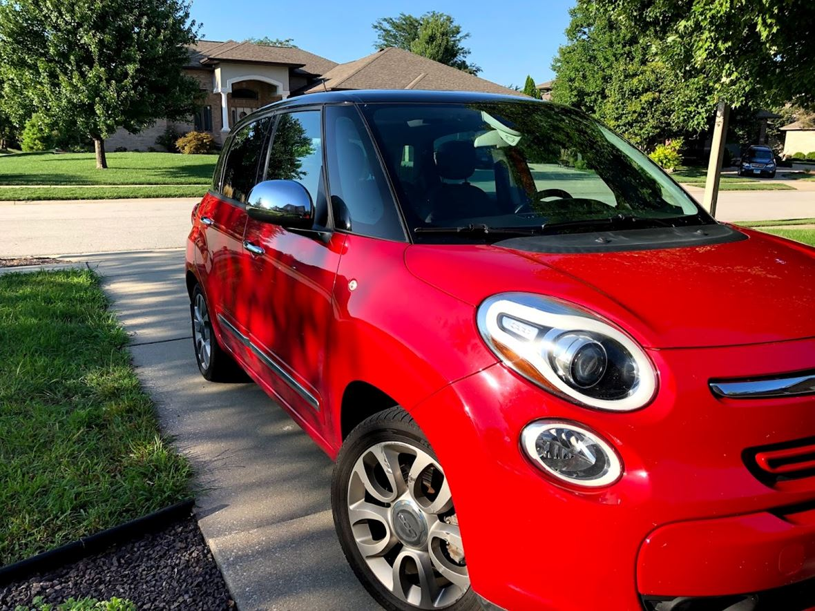 2014 Fiat 500L for sale by owner in Springfield
