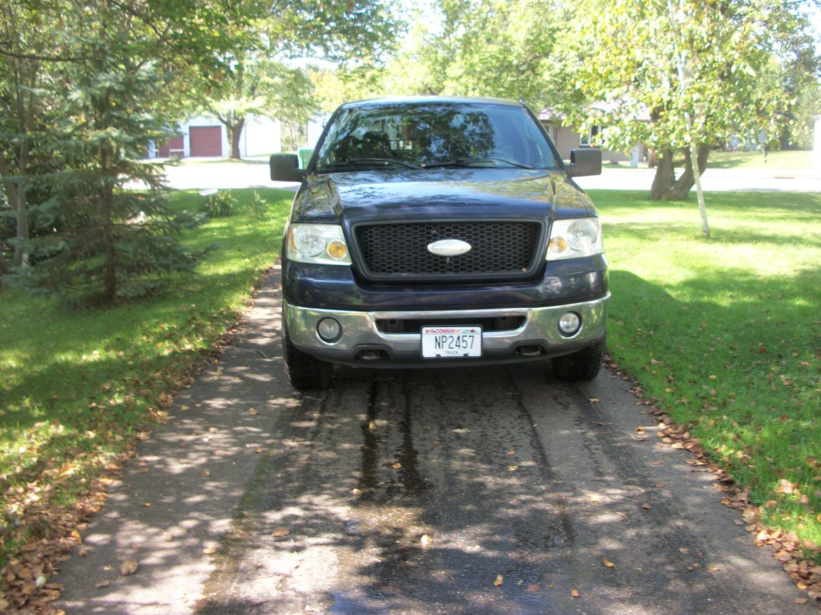 2006 Ford E-150 for sale by owner in Antigo