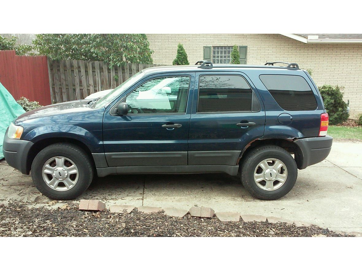 2003 Ford Escape for sale by owner in Munroe Falls