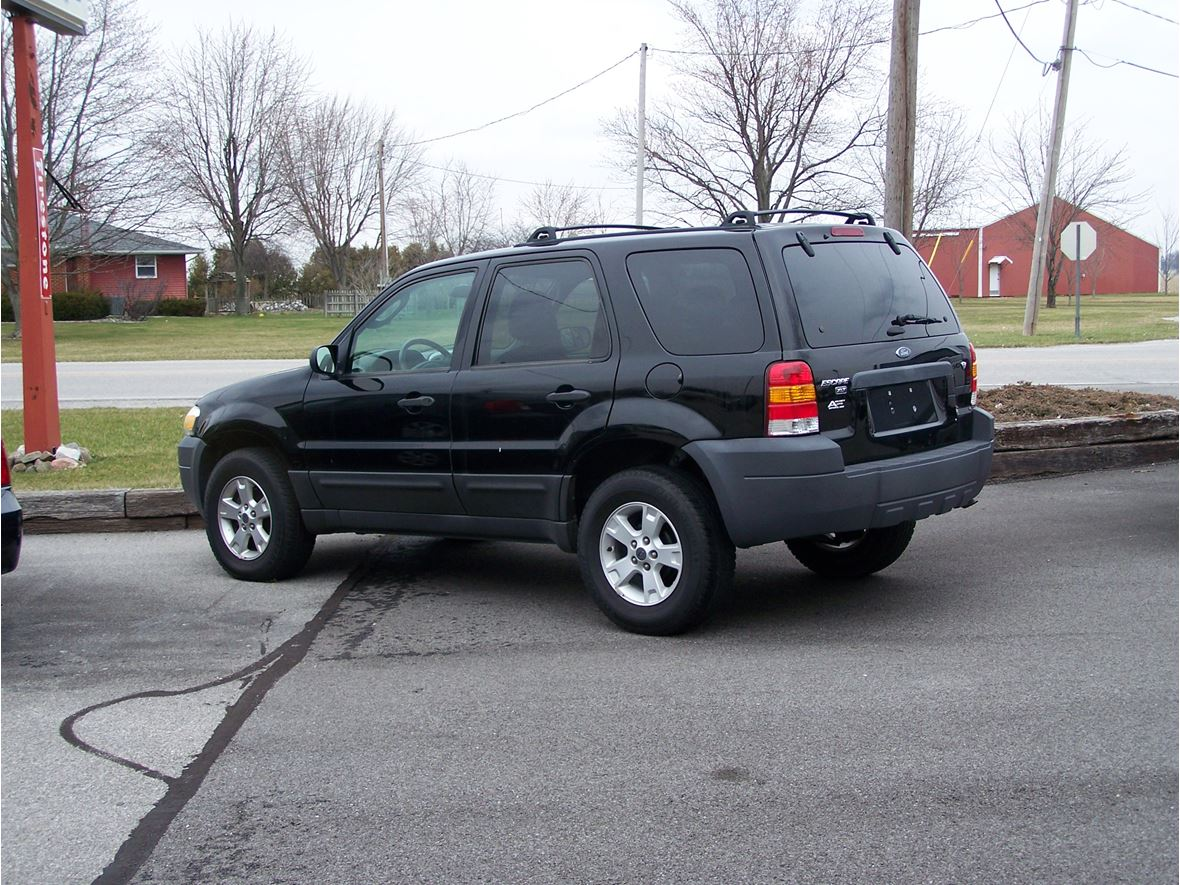 2006 Ford Escape For By Owner In Defiance