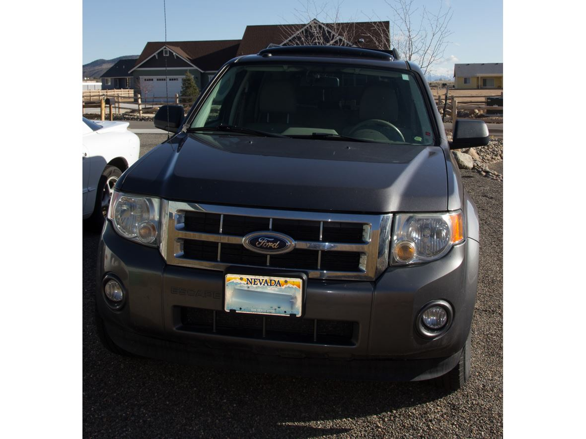2010 Ford Escape for sale by owner in Carson City