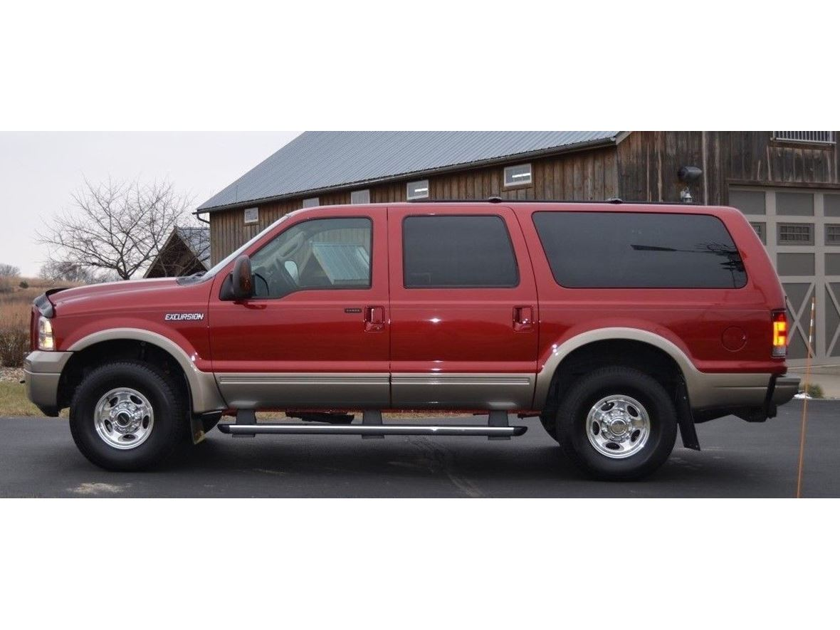 2005 Ford Excursion for sale by owner in Bothell