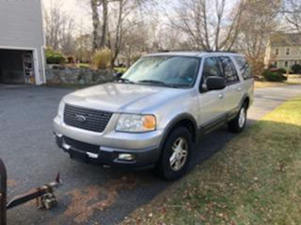 2004 Ford Expedition for sale by owner in Andover