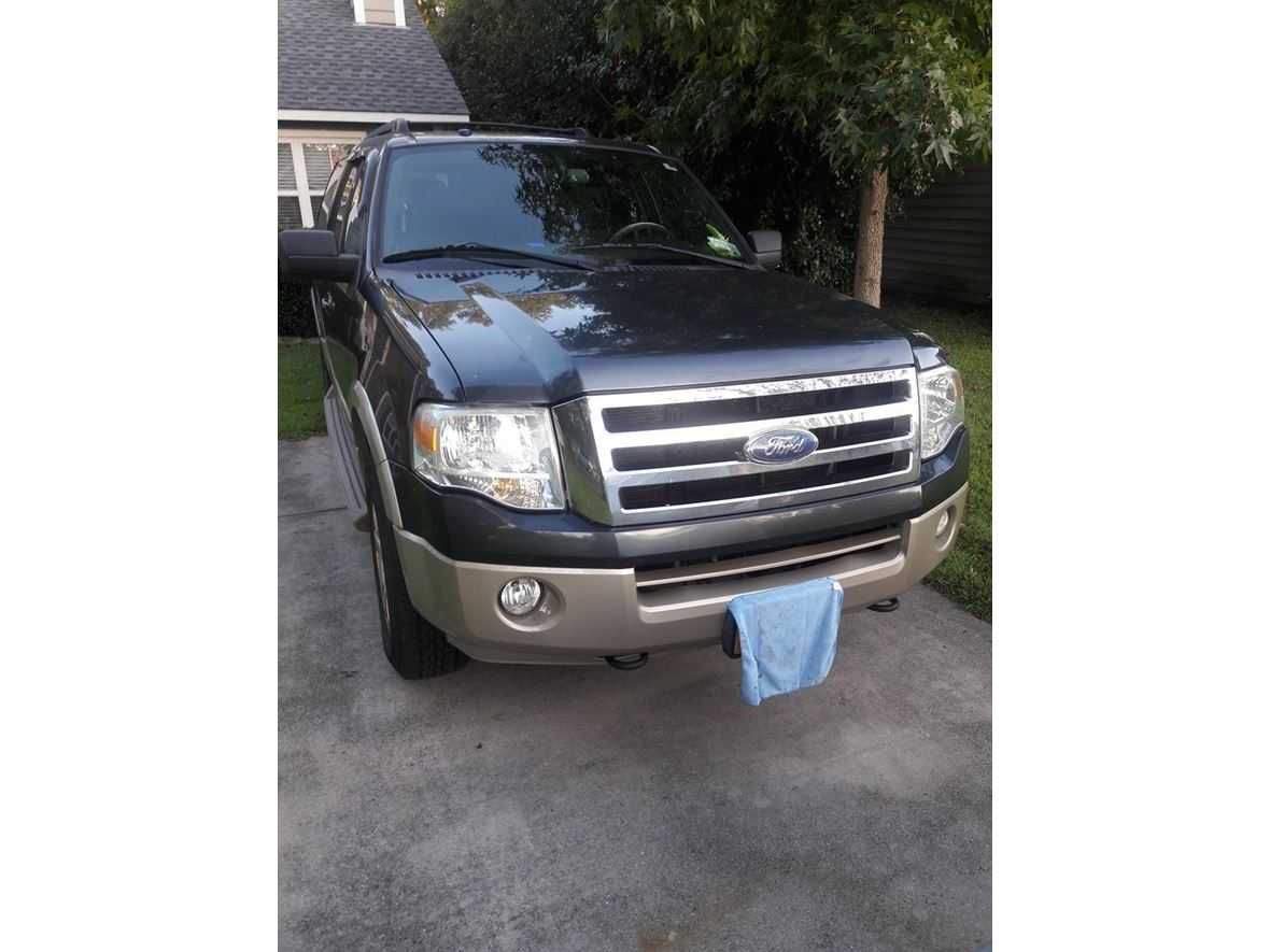 2009 Ford Expedition EL for sale by owner in Wilmington