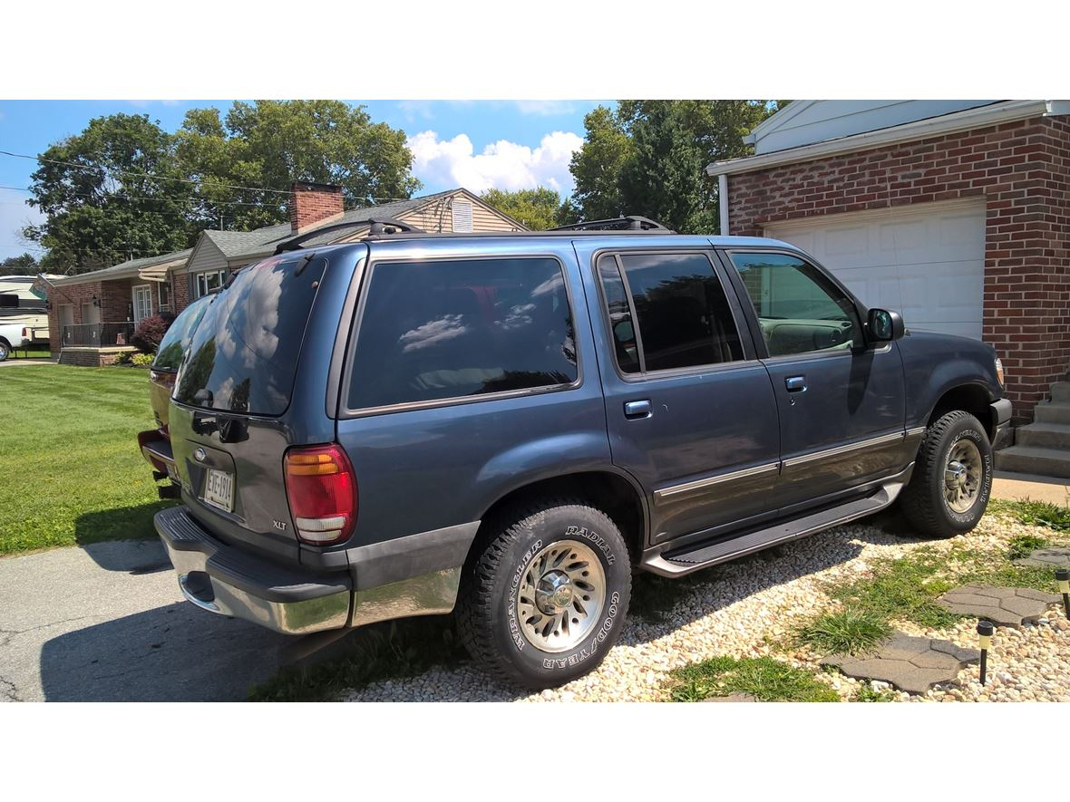 1999 Ford Explorer for Sale by Owner in York, PA 17406 - $1,300  Ford Explorer on